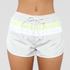 Retro Vibe Windbreaker Shorts - Grey/Lime